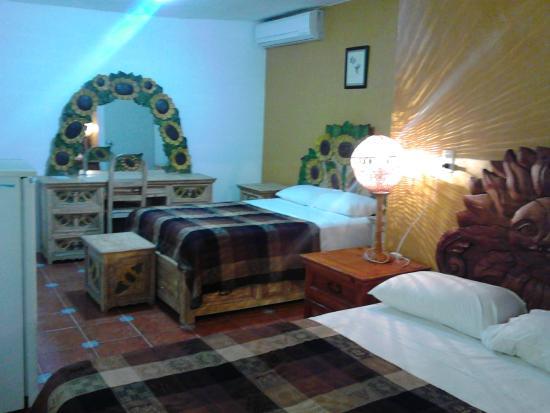 Foto de villa colibri bacalar bacalar interior de la for Hotel luxury villas bacalar
