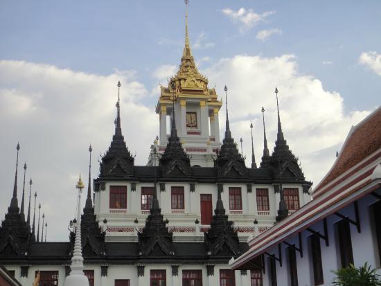 wat ratchanatdaram - Picture of Wat Ratchanatdaram ...