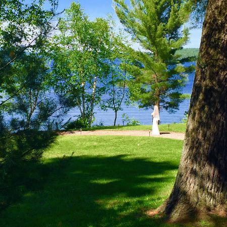 Sundridge, Canada: A beautitful day for a wedding at The Northridge Inn!