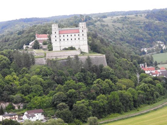 Wellnesshotel Schonblick Eichstatt : Blick vom Zimmer aud die Willibaldsburg