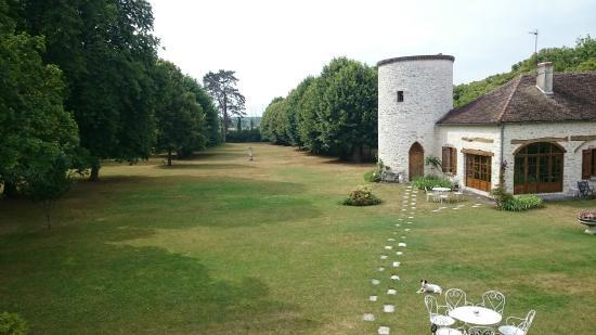 Pressigny les Pins, France: vue de la chambre des Anges