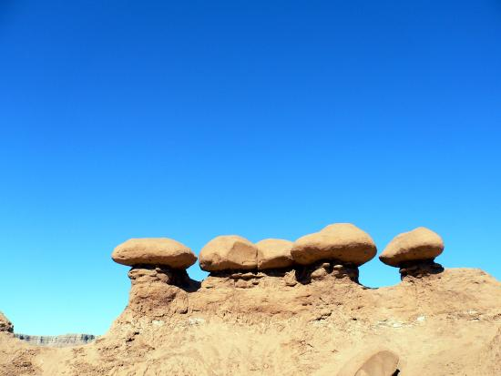 Goblin Valley State Park: small little mushrooms