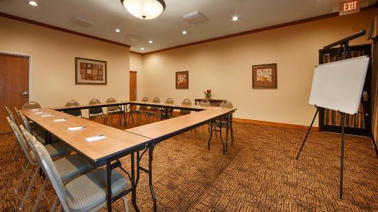 Best Western Plus Schulenburg Inn & Suites : Meeting Room