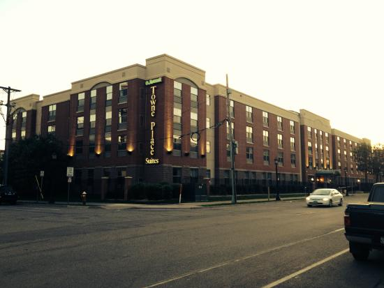 TownePlace Suites Minneapolis Downtown/North Loop: Fachada do hotel