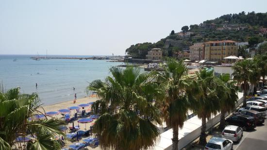 Lorenza Sul Mare : spiaggia da terrazzo n°8