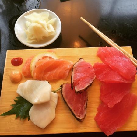 Black Sushi House: Daddy Mac Sashimi