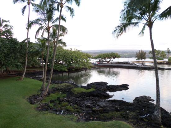 Castle Hilo Hawaiian Hotel: water view from hotel