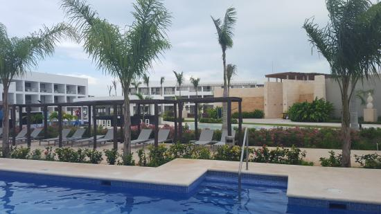 Platinum Yucatan Princess All Suites & Spa Resort: View from our swim out - room 2024