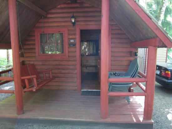 Harmony Lakeside RV Park: Cabin 57