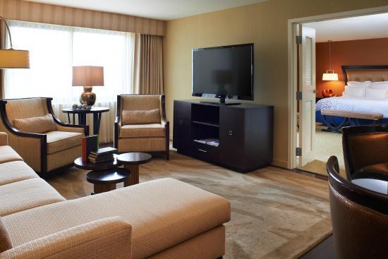 The Baronette Renaissance Detroit-Novi Hotel: Presidential Suite