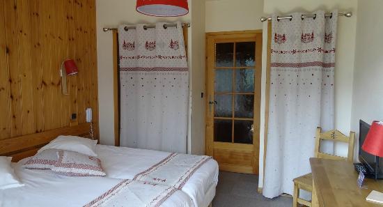 Hotel Edelweiss: Vue d'une chambre