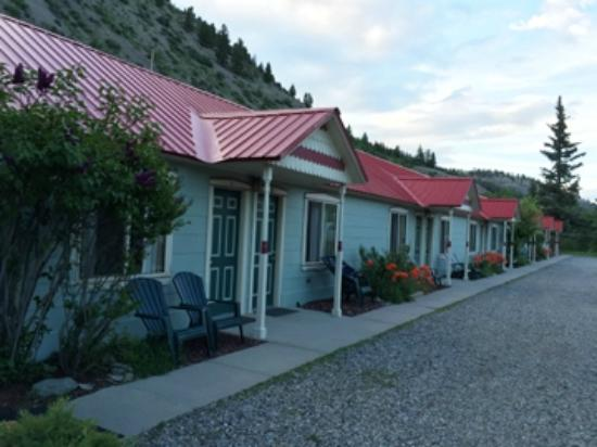 Matterhorn Mountain Motel: great rooms and value