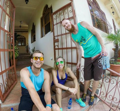 Hotel Park Avenue Villas: Chilling on the front steps, about to hike to Jesus