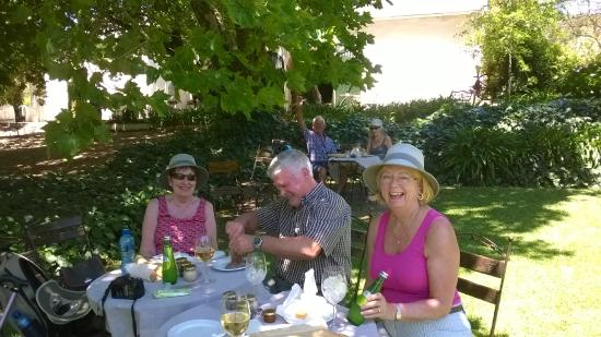 Mooiplaas Wine Estate: Fantastic Picnic in the Garden