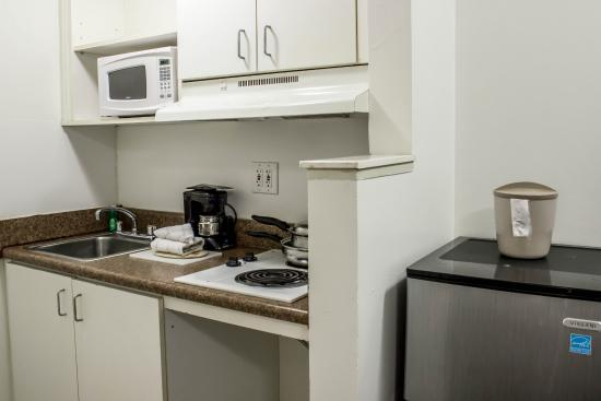 Suburban Extended Stay Hotel Of Greensboro W Wendover In Room Kitchen