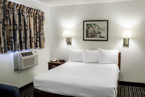Suburban Extended Stay Hotel Of Greensboro W Wendover