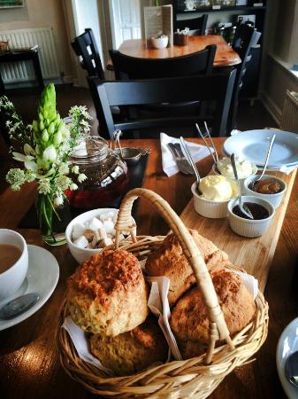 The Old Forge Caffè & Restaurant : Savoury and sweet cream tea
