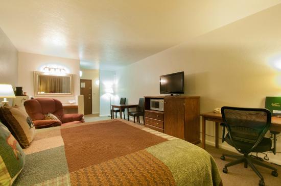 Venture Inn: Deluxe King Room