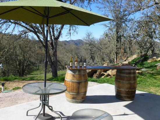 Soaring Hawk Vineyards