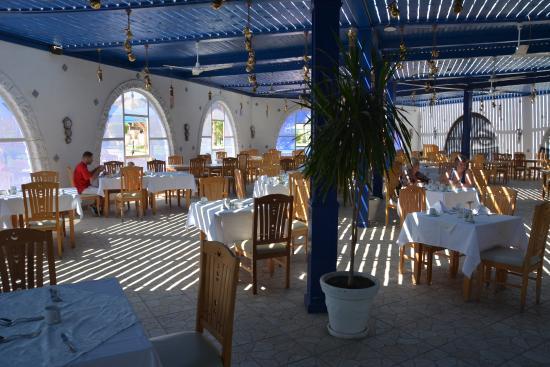 SENTIDO Mamlouk Palace Resort: Gamilia Restaurant - great breakfast