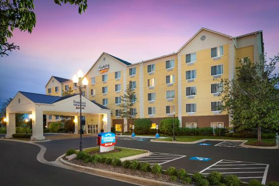 Fairfield Inn Suites Chicago Midway Airport Updated 2018 Prices Hotel Reviews Il Tripadvisor