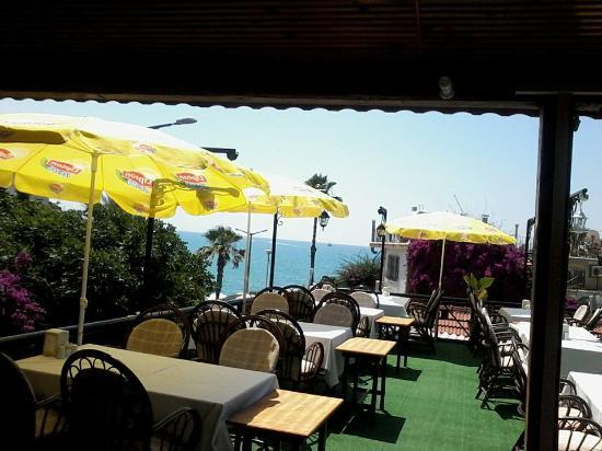 Gul Restaurant: вид на море