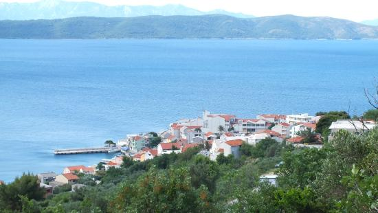 Igrane, Croatia: Hotel and village