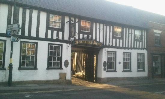 Saracens Head Hotel: View from the road side