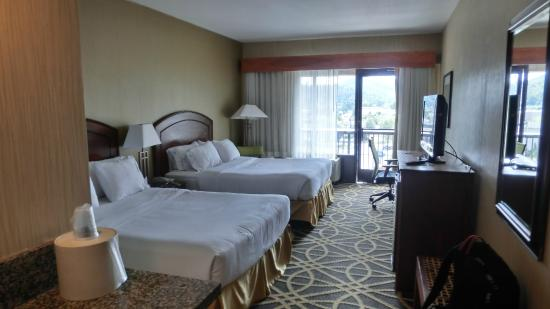 Holiday Inn Express Boone: The Room