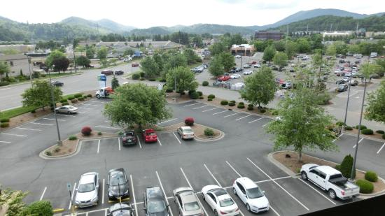 Holiday Inn Express Boone: View towards the parking lot