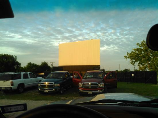Brazos Drive-in : Brazos Drive In from the car before the show