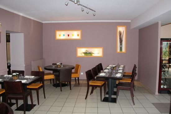 Le Chene Vert : Une partie de la salle à manger