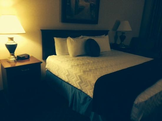 The Parkway Hotel : BEd