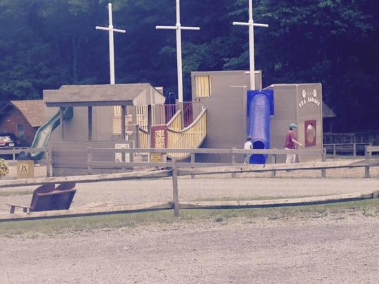 Watkins Glen-Corning KOA Camping Resort: Pirate Playground