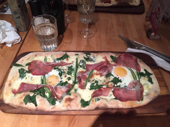 Zizzi - Newcastle: Zizzi's special ham and egg, very nice