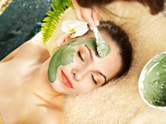 Nanaimo, Canadá: Customized Facials Treatment depending on the outcome you are looking for.