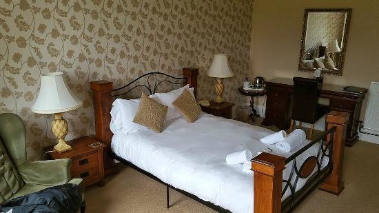 Westlakes Hotel & Restaurant: King Size Room
