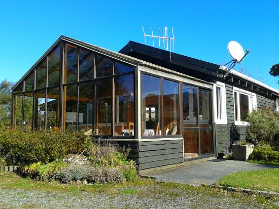 Te Anau Holiday Houses: Sunshine Holiday House