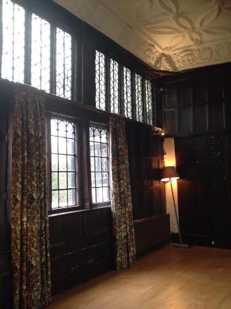 Singleton hall ashford