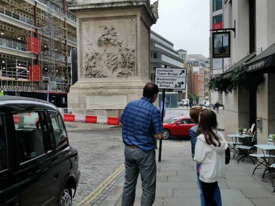 Love London Taxi Tours: David showing us the sights in London.