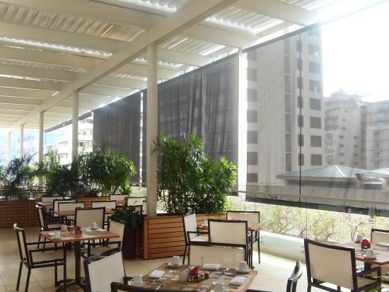 陰陽カフェ, レストラン