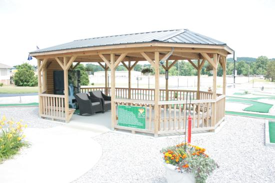 Liberty, KY: Have a small party in the gazebo.