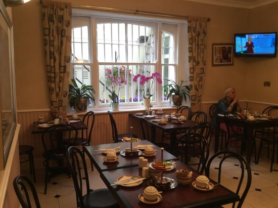 Avon Hotel: Breakfast room, excellent cooked and continental breakfast
