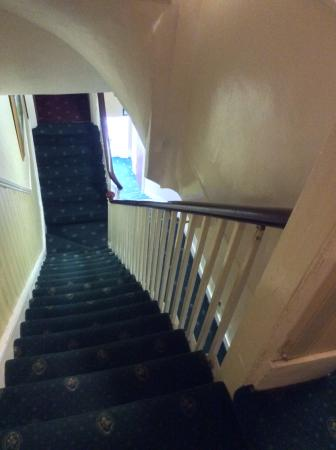 Avon Hotel: Lots of stairs, as one expects in this style if building, but well maintained and clean