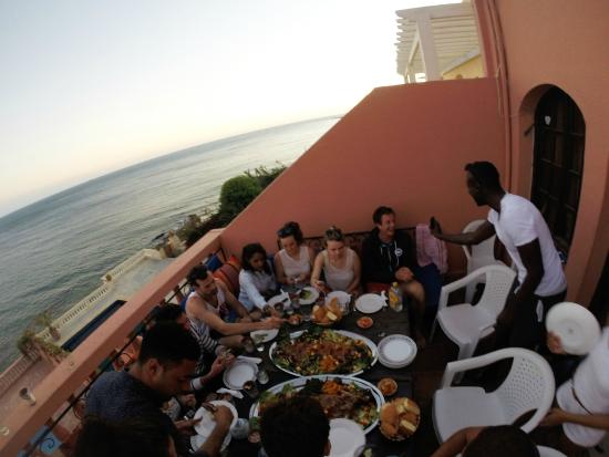 Africa Extrem Taghazout Apartments: Diner at the surfcamp