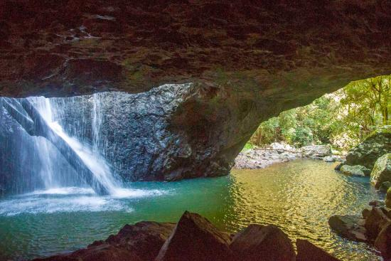 Natural Bridge: View from the inner cave