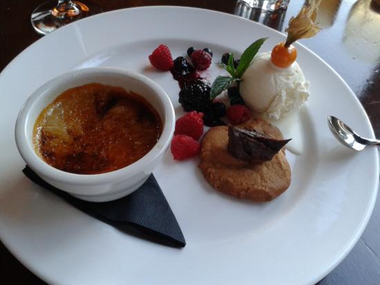 Cedar House Restaurant & Chalets: Nachtisch muss auch noch reinpassen!