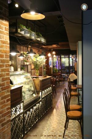 Eleven Cafe & Restaurant