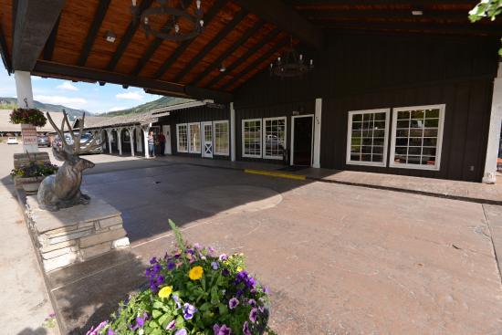Virginian Lodge : フロント