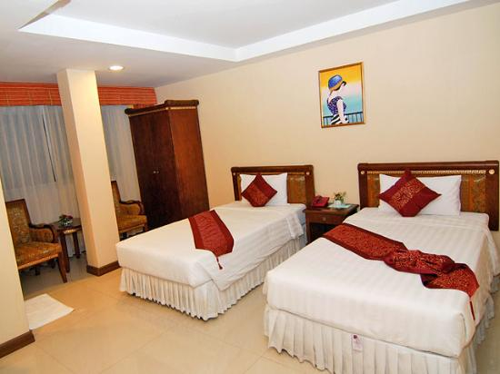 Grand Lucky Hotel: getlstd_property_photo